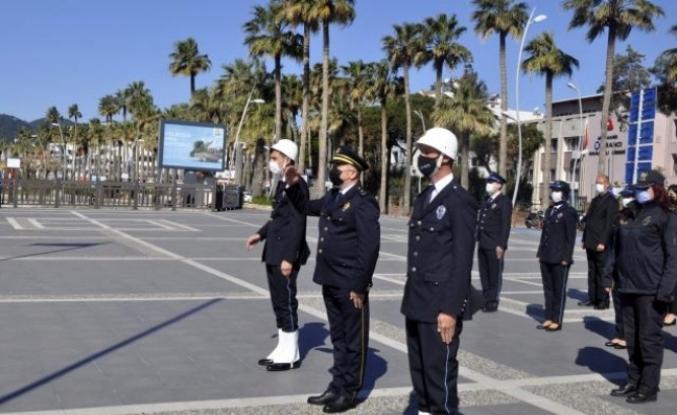 Türk Polis Teşkilatı'nın 176. Kuruluş Yıl Dönümünde Marmaris'te Atatürk Anıtına Çelenk Sunuldu