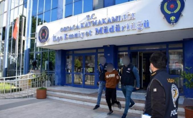 Ortaca'da Bir Şahıs Parkta Oturan Husumetlisini Silahla Yaraladı
