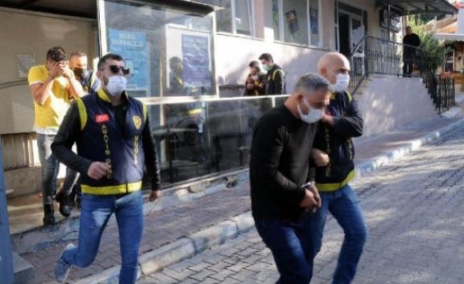 Marmaris'teki 5 Milyonluk Ziynet Eşyası Dolandırıcılığına 4 Gözaltı