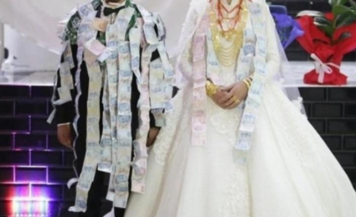 Hakkari'deki Aşiretten 'Düğün Takısı' Kararı