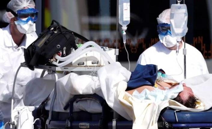 Almanya'da Doktorlara Talimat: Durumu Kötü Olanlara Dokunmayın