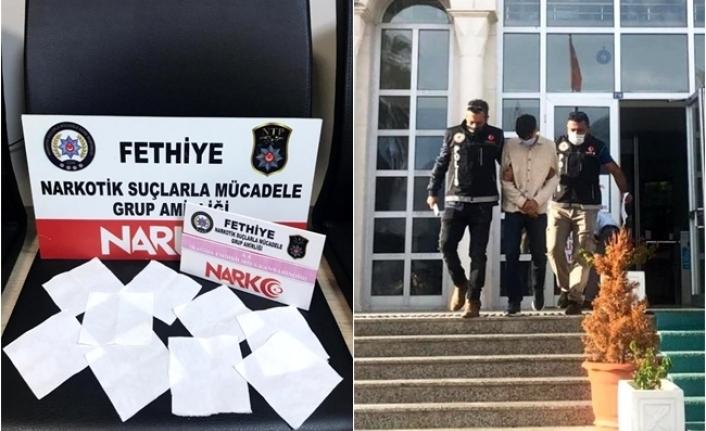Fethiye'de Fotokopi Kağıdı Görünümlü Uyuşturucu Ele Geçirildi