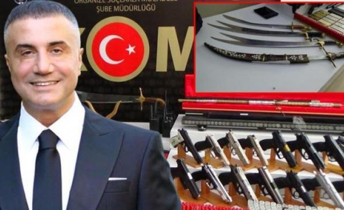 Sedat Peker Suç Örgütüne Yönelik Operasyonlarda Ele Geçirilen Silah ve Mühimmatlar Sergilendi