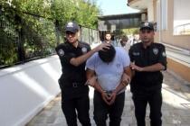 MAKET POLİS ARACININ TEPE LAMBASINI VE AKÜSÜNÜ ÇALDILAR