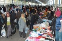 Fethiye'de İkinci El Eşya Pazarı'na Yoğun İlgi