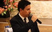 "AHMET ARAS: ""BİR DELİ LAZIMDI O DA GELDİ"""