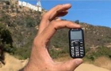 Dünyanın En Küçük Telefonu  6,96 cm Uzunluğunda!