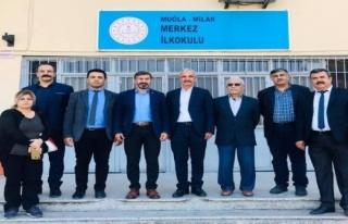 ÖNDER UÇAK MİLAS'TAKİ SENDİKA ÜYELERİYLE...