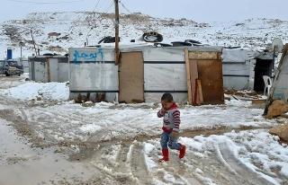 Arsal'da 60 bin Suriyeli mülteci hayatta kalma...
