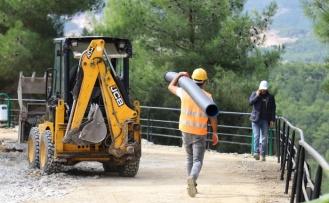 MUSKİ Kavaklıdere'de 3 Bin 500 Metre Kanalizasyon Hattı Döşedi!