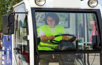 Bodrum'da temizliğe kadın eli!