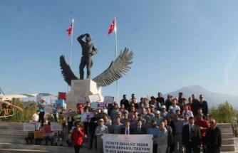 Fethiye'de Çocuk Hakları Yürüyüşü Düzenlendi
