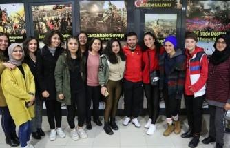 Milli Güreşci Süleyman Atlı Muğla'da Öğrencilerle Buluştu
