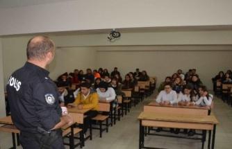 Ortaca'da Üniversite Öğrencilerine KADES Anlatıldı