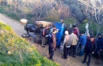 Milas'ta Traktör Devrildi: 2 Yaralı