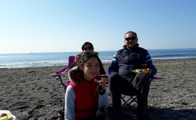 SERVİS KAZASINDA YARALANAN KIZ ÖĞRENCİNİN YAŞAM MÜCADELESİ SÜRÜYOR