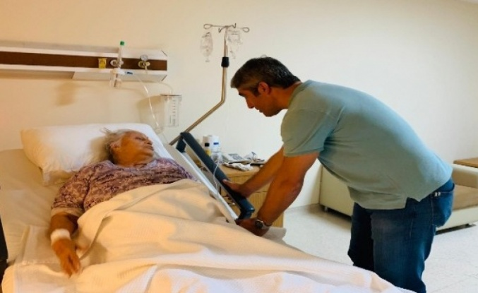 Başkan Mehmet Oktay'dan hasta ziyareti