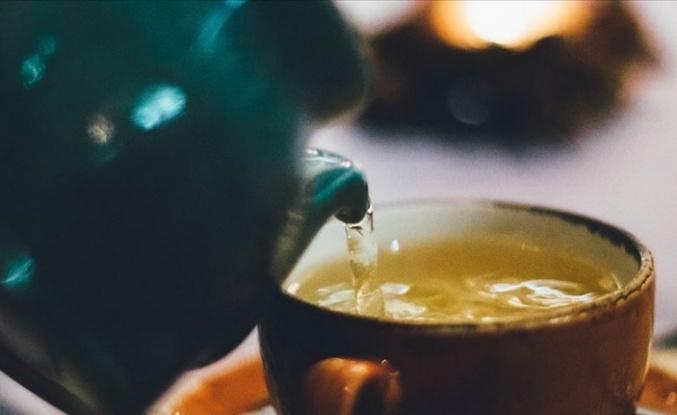 Düzenli Olarak Yeşil Çay İçmek Ömrü Uzatıyor!